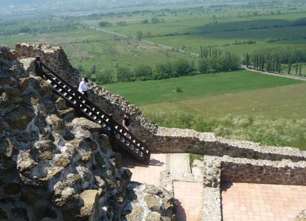 All Exploring the Sziglegeti Castle